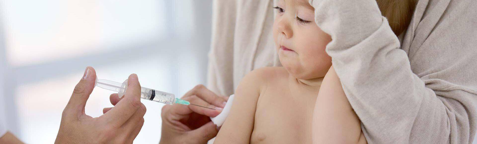 Vacunas que deben aplicarle a los niños